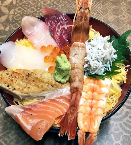 IMG_1047海鮮丼 222
